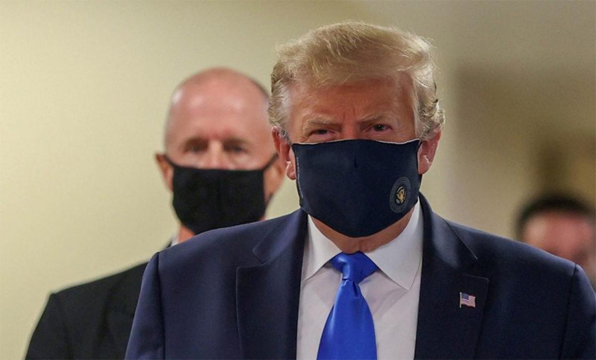 Heboh! Donald Trump Akhirnya Pakai Masker - JPNN.com