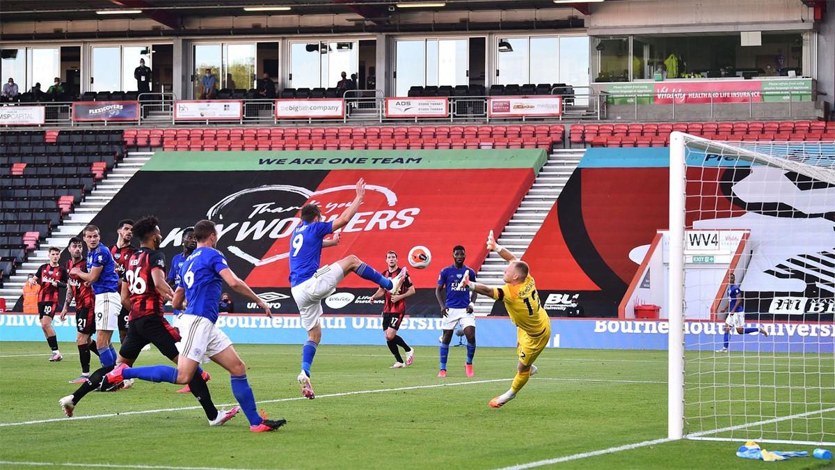 Bournemouth Hancurkan Leicester City, MU Bisa Masuk 4 Besar - JPNN.com
