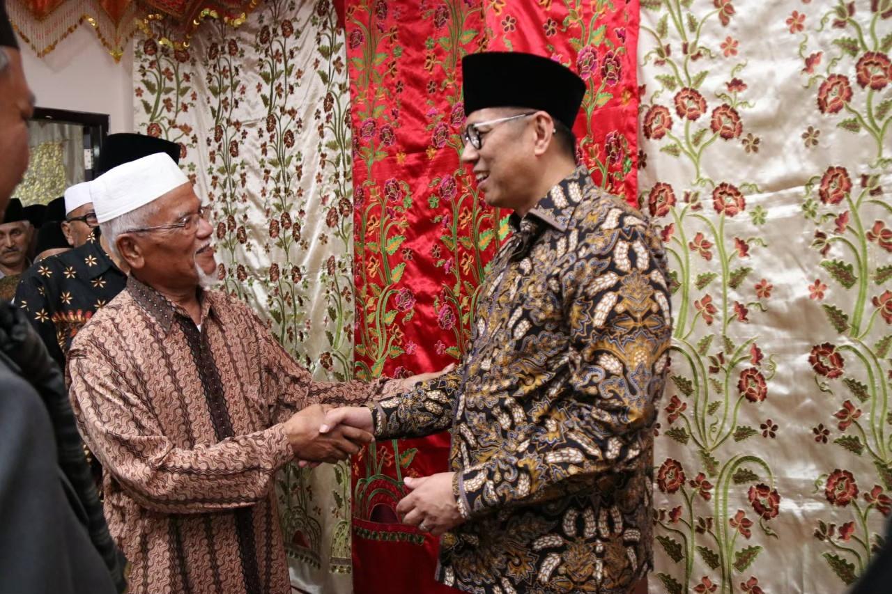 Bantuan Asrama dari Pak Mulyadi Bikin Para Santri Semakin Nyaman & Semangat Belajar - JPNN.com