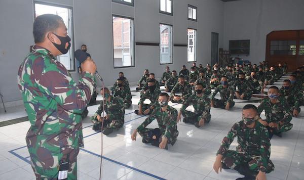 Letkol Laut Herbiyantoko Menerima135 Bintara Remaja, Begini Penampakannya - JPNN.com