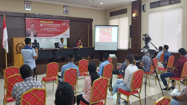Ansy Lema Gelar Sosialisasi 4 Pilar Kebangsaan Saat Reses Hari Pertama - JPNN.com