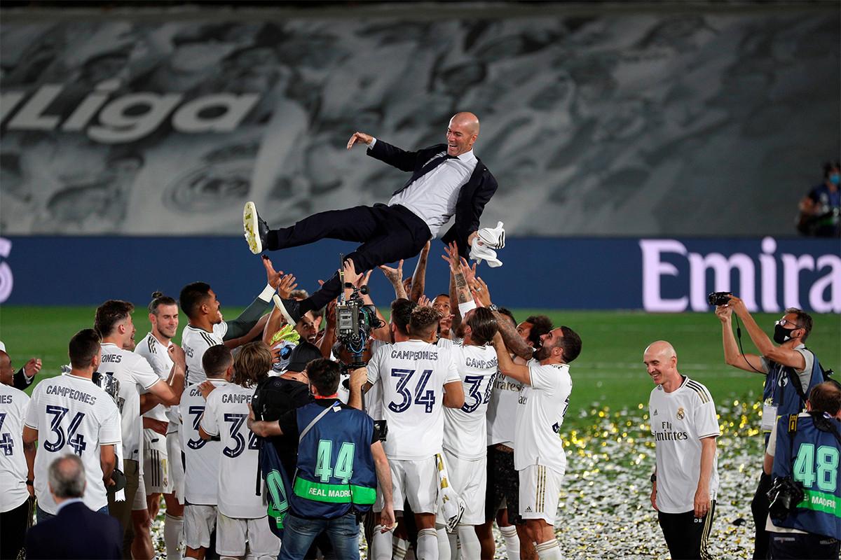 Real Madrid Juara La Liga 2019/2020, Barca Keok di Tangan Osasuna - JPNN.com