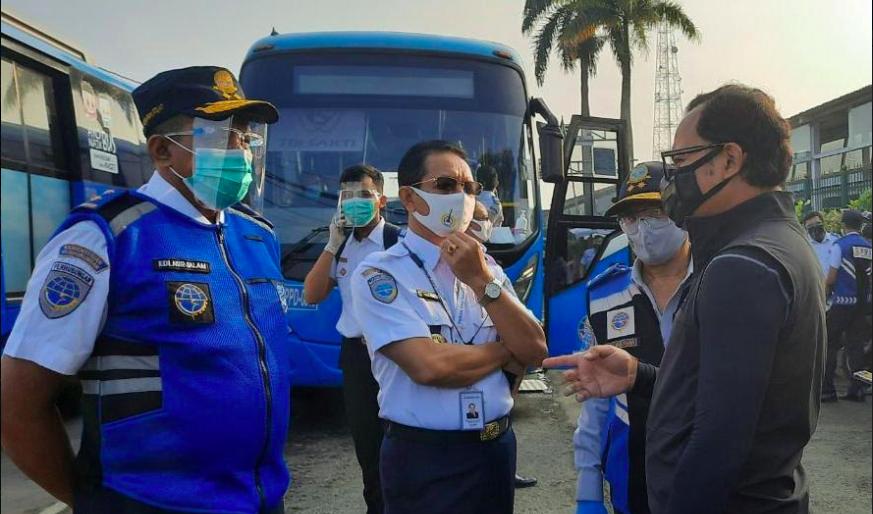 Perum PPD Menambah Armada Bus Gratis di Stasiun Bogor dan Cikarang - JPNN.com