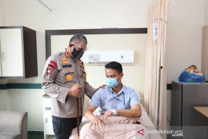 Usai Jenguk Dua Polisi Korban Pengeroyokan, Kapolda Sumut Bilang Begini - JPNN.com