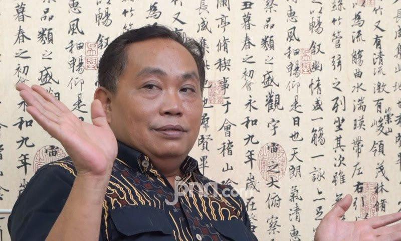 Arief Poyuono Membandingkan Tugu Sepatu dengan Simpang Susun Semanggi - JPNN.com