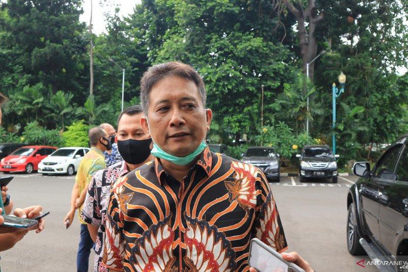 Ayah Yodi Prabowo Berikan Keterangan Terkait Baju Tanpa Bercak Darah, Polisi Bilang Begini - JPNN.com