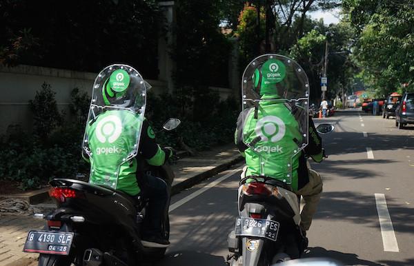 Ojol Lebih Aman Pakai Face Shield Ketimbang Sekat Pelindung - JPNN.com