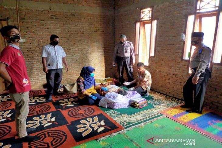 Seorang IRT di Madina Memilih Jalan Pintas Gara-gara Terlilit Utang, Innalillahi - JPNN.com