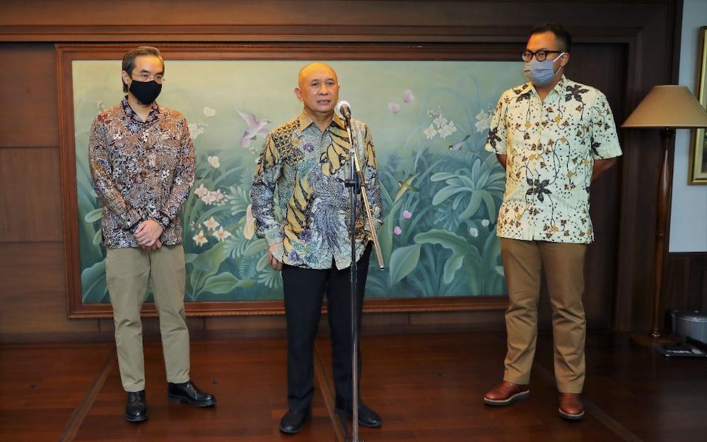 Jurus Menteri Teten Gandeng Facebook demi Percepat Digitalisasi UMKM - JPNN.com