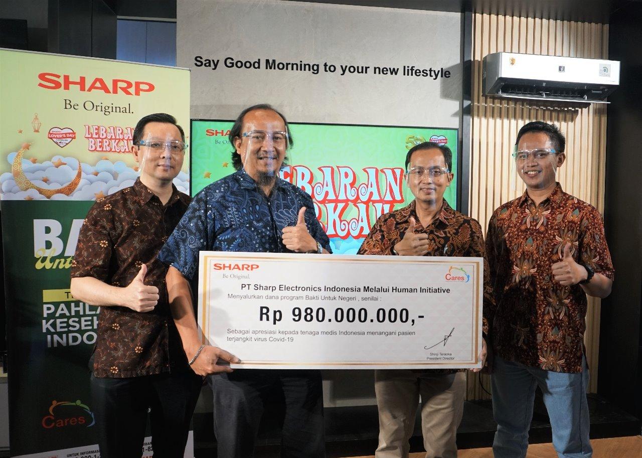 Apresiasi Perjuangan Tenaga Medis Tangani Covid-19, Sharp Indonesia Sumbang Rp980 Juta - JPNN.com