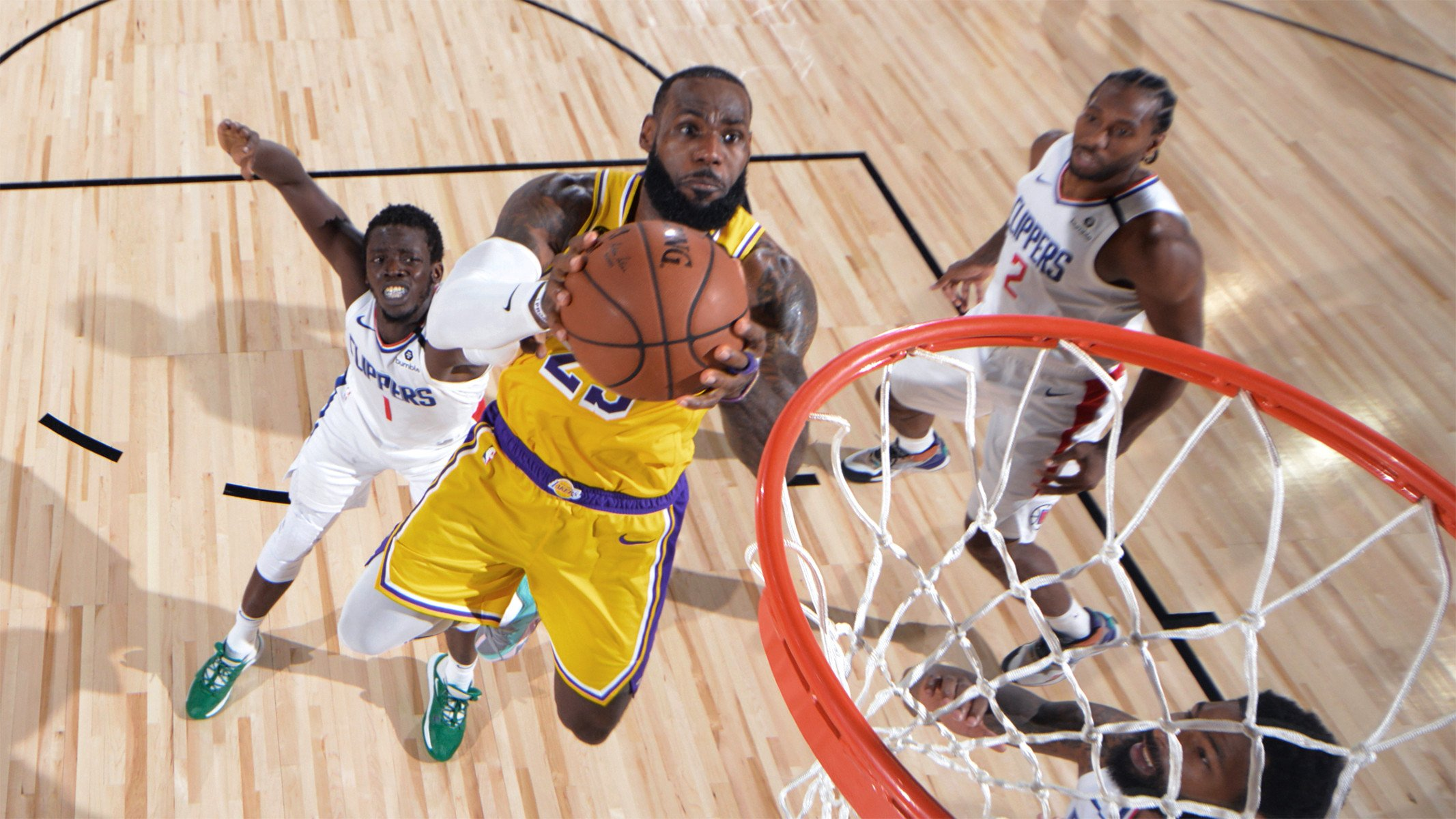 Lakers Vs Clippers: LeBron James Bikin 2 Aksi Dramatis - JPNN.com