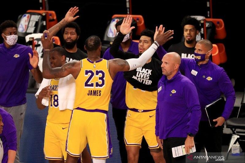 12 Detik Yang Sangat Berharga Bagi Los Angeles Lakers - JPNN.com