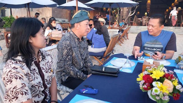 Bertemu Tour Guide di Bali, Bamsoet Minta Turut Mengedukasi Turis Jalankan Protokol Kesehatan - JPNN.com