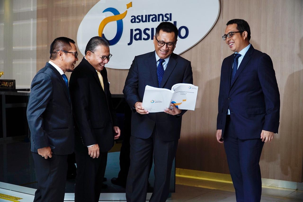 Asuransi Rangka Kapal Jasindo Naik 64 Persen - JPNN.com