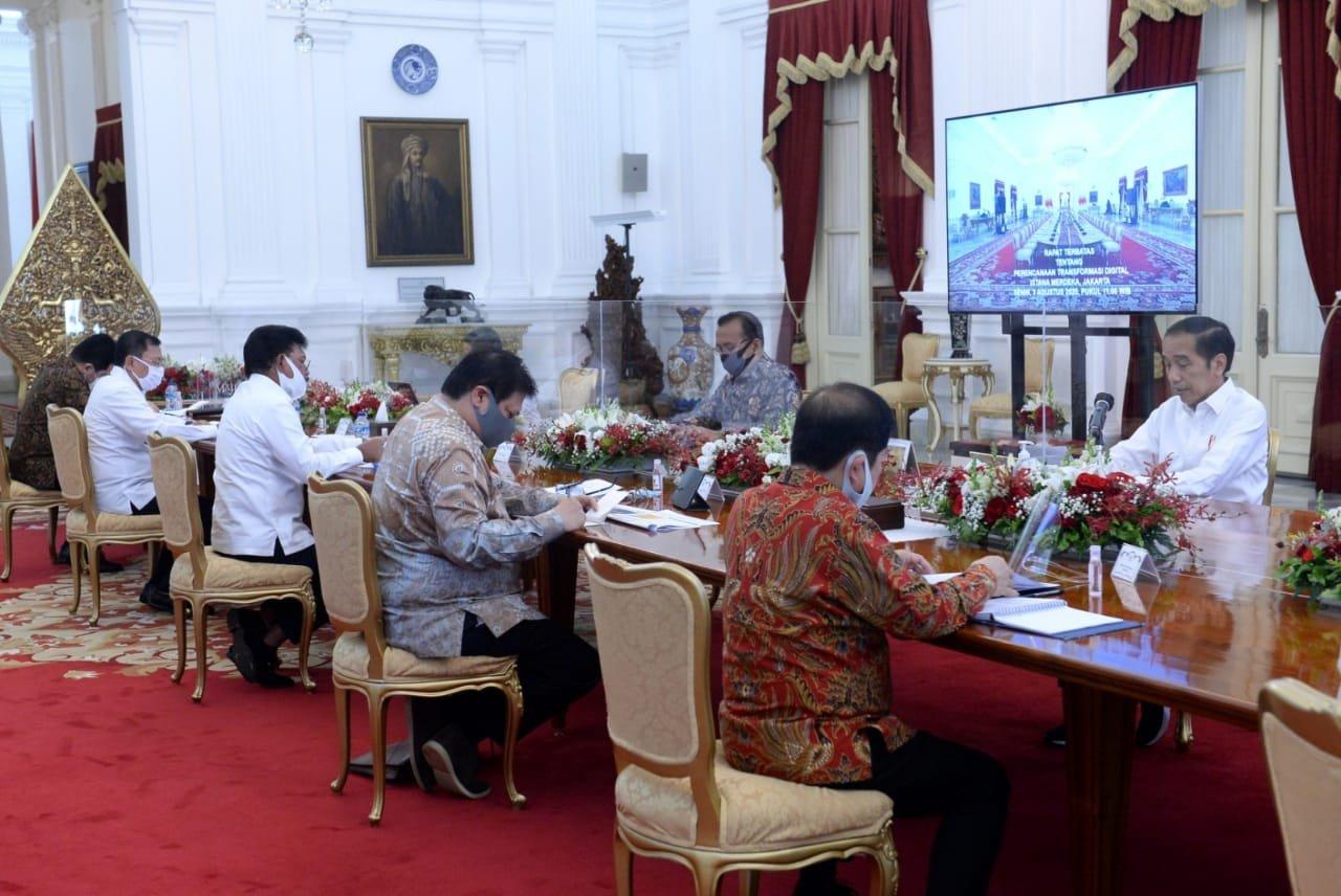 Jokowi Ingin Pandemi Jadi Momentum Percepatan Transformasi Digital - JPNN.com