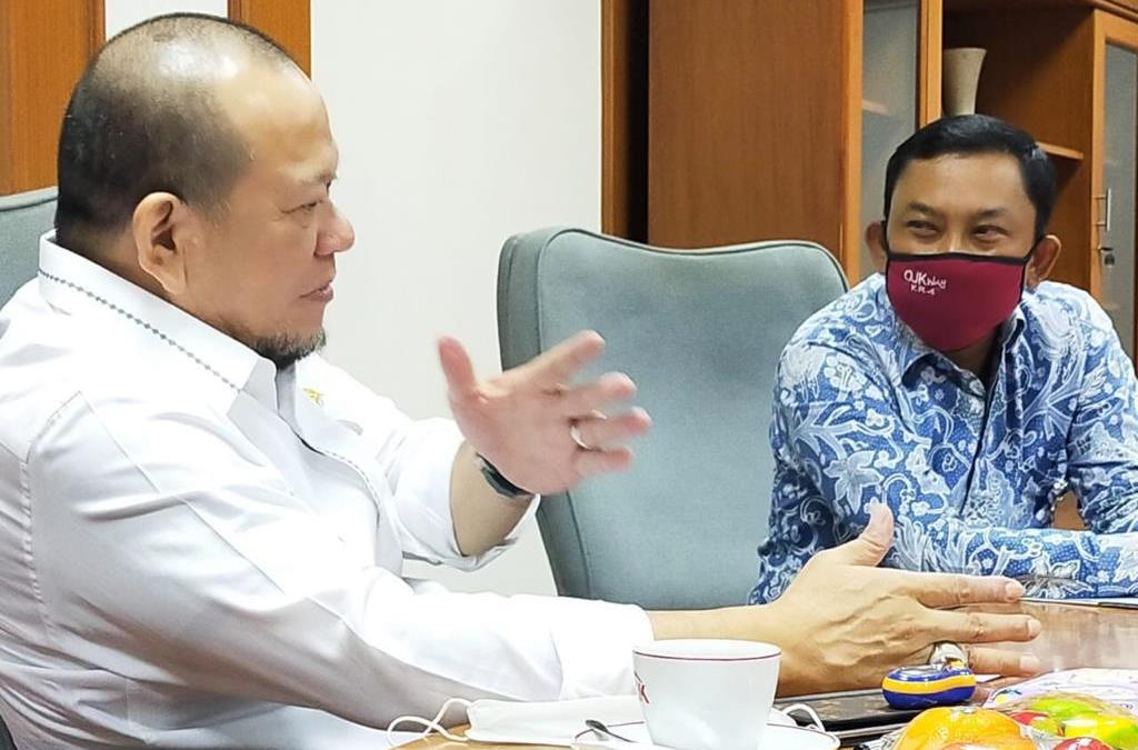 Ketua DPD RI Berharap OJK Berpihak kepada Kepentingan Masyarakat Daerah - JPNN.com
