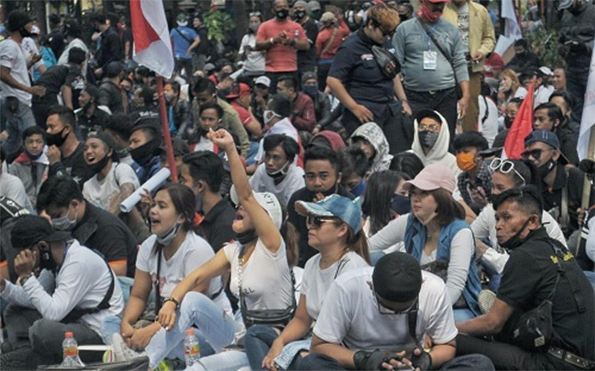 Cerita Rani, LC Karaoke di Bandung, 4 Bulan Tak Ada Pemasukan - JPNN.com