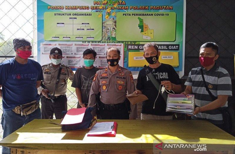 MN Merusak Citra Pegawai Honorer, Dihajar Massa - JPNN.com