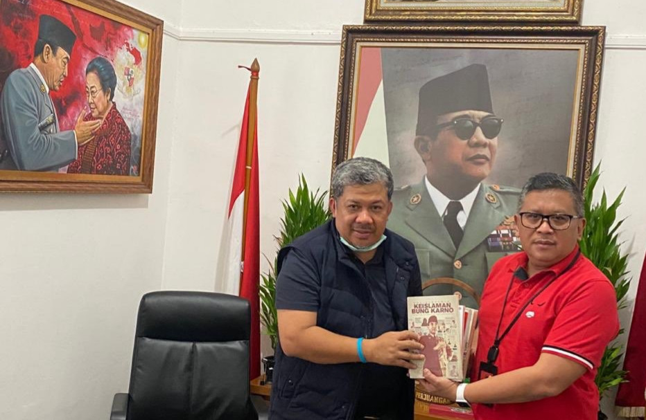 Cerita Fahri Hamzah Usai Bertemu Hasto Kristiyanto - JPNN.com