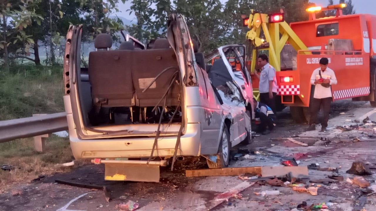 Penyebab Sering Kecelakaan Pindah Jalur Berlawanan di Tol Cipali, Ngeri - JPNN.com