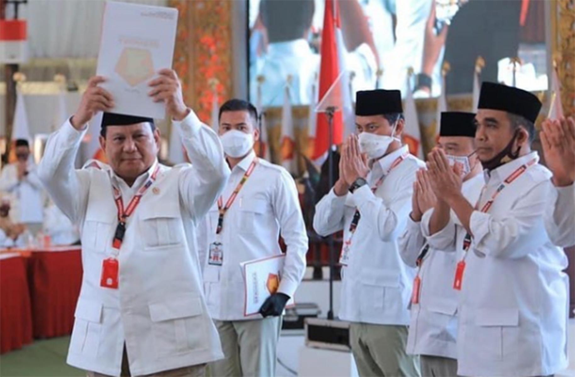 Prabowo Subianto Dianggap Sudah Selesai, Saatnya Anies, Habib Rizieq atau UAS - JPNN.com