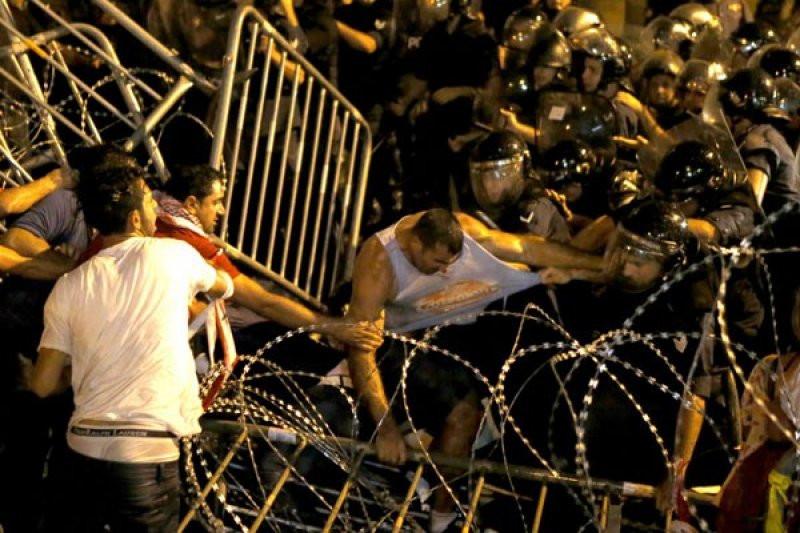 Lebanon Mencekam, Warga Biasa hingga Tokoh Agama S