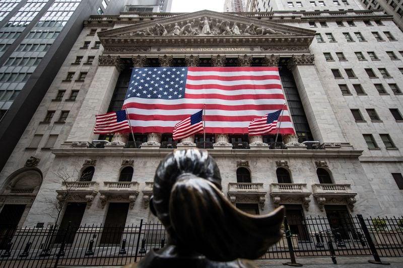 gedung bursa saham new york di wall street new york amerika serikat foto reuters 6 - 7 Negara Penghasil Hacker Paling Ditakuti Di Dunia