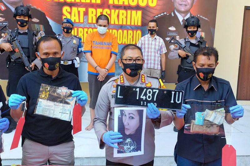Kasus Pembunuhan Perempuan di Sidoarjo, Berawal dari Bau Cairan Laki-laki - JPNN.com