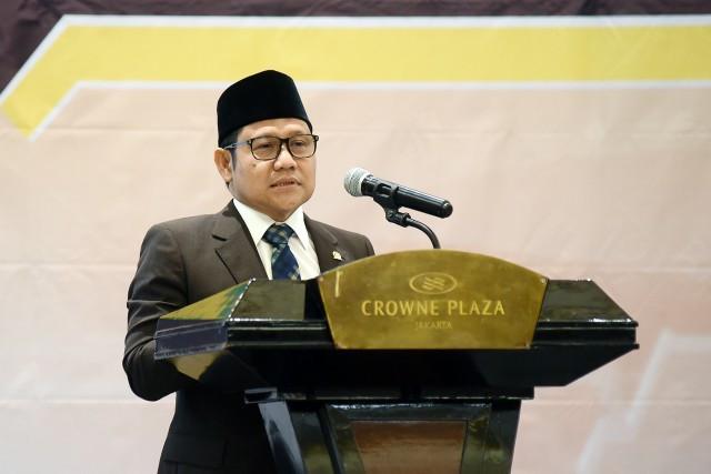 Gus AMI Minta Tenaga Pendidik dan Guru di Ponpes Diprioritaskan Dapat Vaksin Covid-19 - JPNN.com
