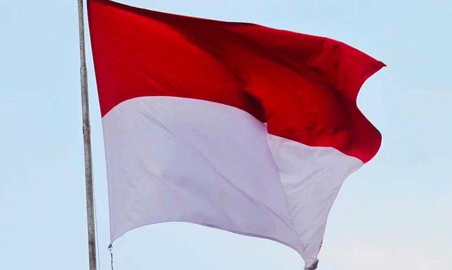Lurah Suralaya Memastikan Tak Ada Larangan untuk Mahasiswa Mengibarkan Bendera Merah Putih - JPNN.com