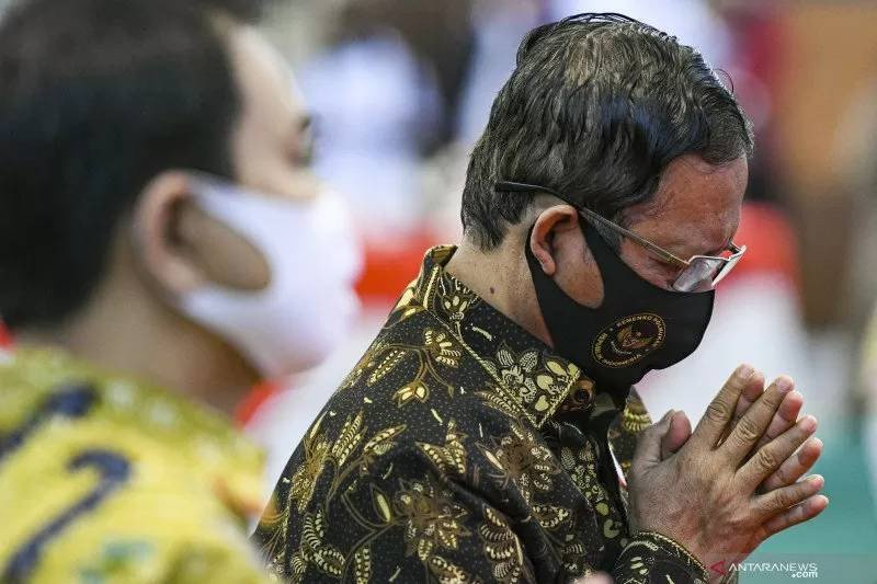 Mahfud MD Ungkap Peran Penting Syekh Ali Jaber Selama Ini - JPNN.com