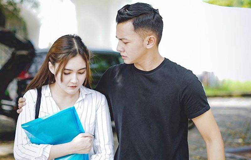 Ayah Meninggal Dunia, Nella Kharisma Tulis Pesan Menyentuh - JPNN.com