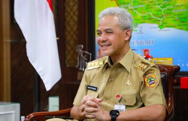 Ganjar Minta Masyarakat Bersatu Jaga Lingkungan dan Kebersihan Karimunjawa - JPNN.com