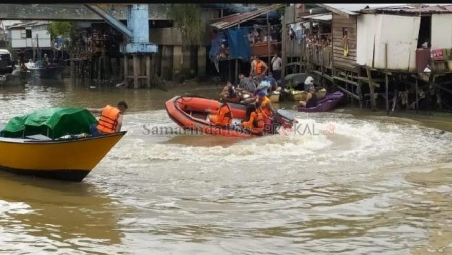 Zulkifli Nekat Lompat ke Sungai, Ditunggu-tunggu, Ternyata.. - JPNN.com