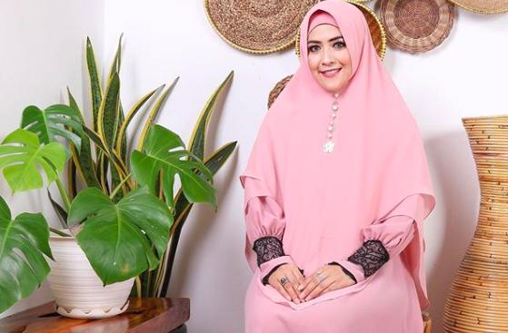 Sebut Antar Suami Pulang Kampung, Meggy Wulandari Sudah Menikah Lagi? - JPNN.com