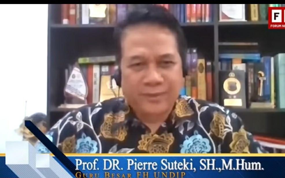 Prof Suteki: Guru Besar tetapi Kok Otaknya Kecil? - JPNN.com