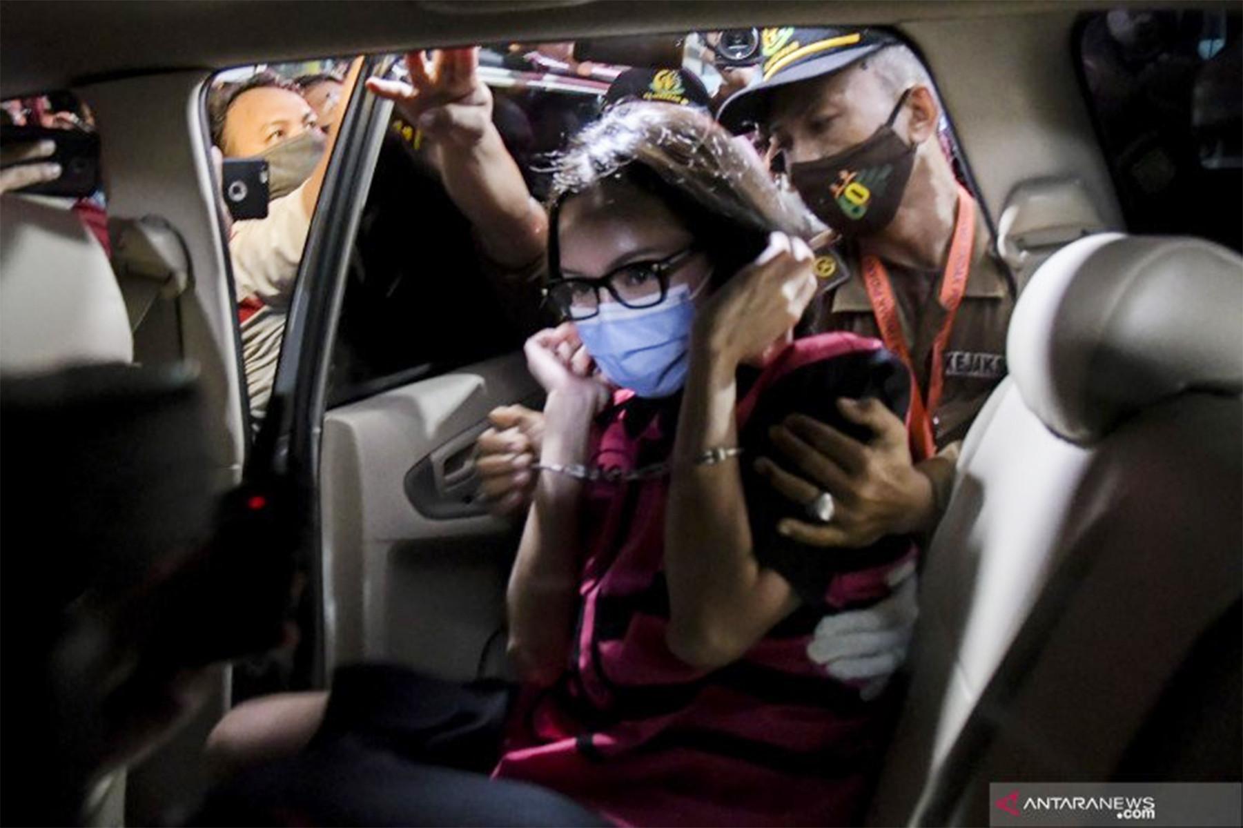 ICW Duga Ada 'Orang Besar' dan Oknum MA di Balik Kasus Jaksa Pinangki - JPNN.com