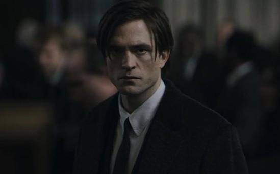 Robert Pattinson Positif Covid-19, Syuting The Batman Berlanjut di Inggris - JPNN.com