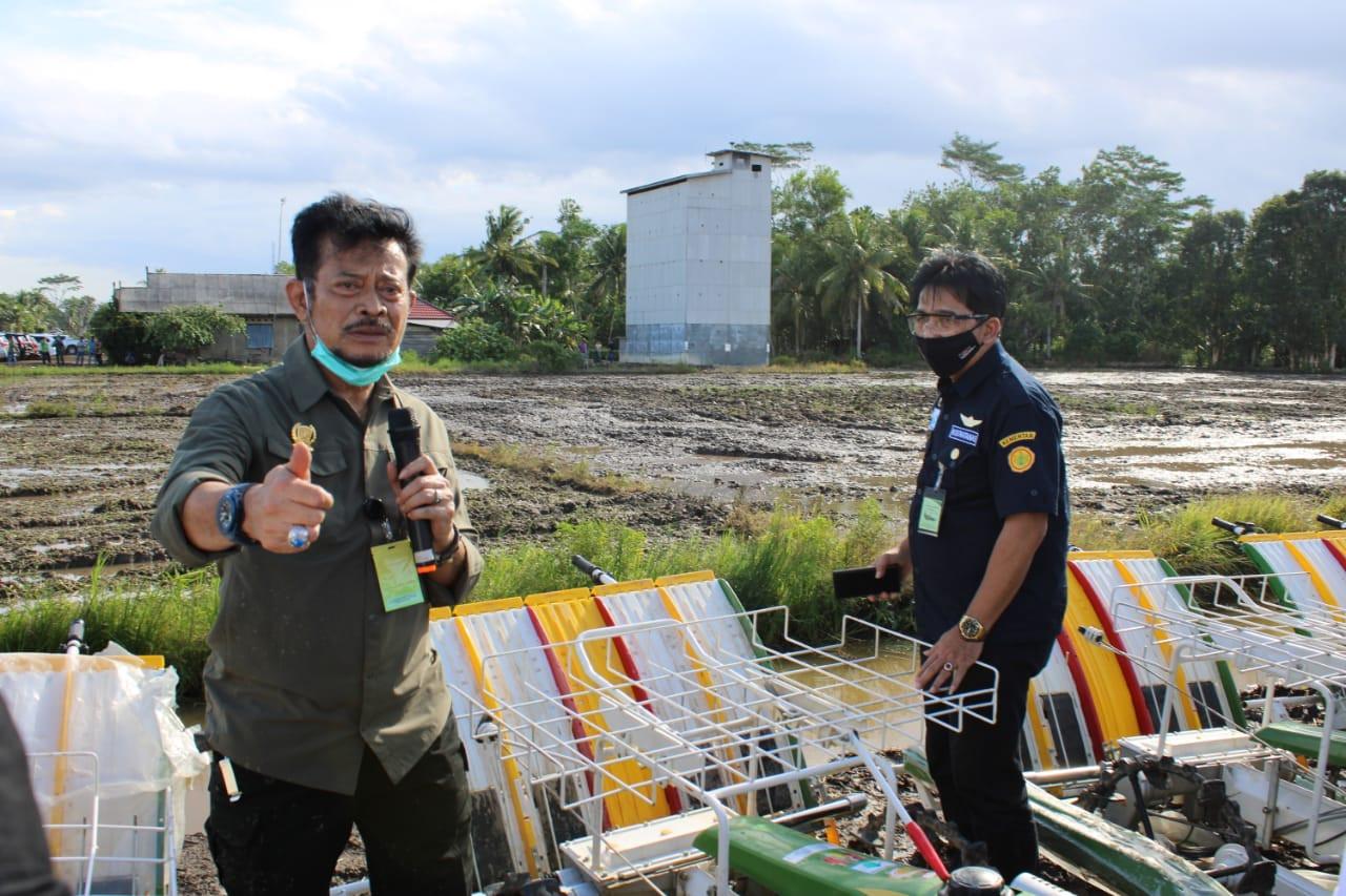 Dukung Food Estate Kalteng, 844 Alsintan Prapanen Digelontorkan Sepanjang 2020 - JPNN.com