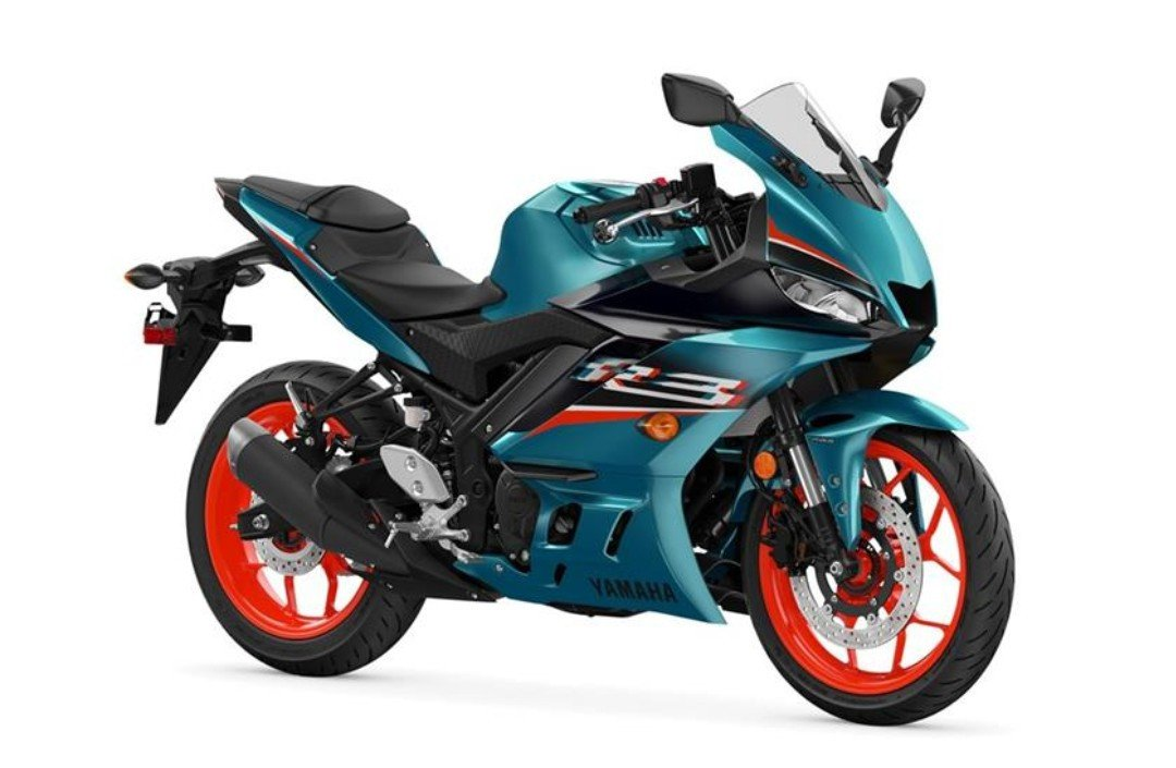 Yamaha R3 Hadir dengan Warna Hijau Kebiruan dan Livery MotoGP - JPNN.com