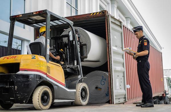 Bea Cukai Berikan Stimulus Ekonomi Lewat Fasilitas Kepabeanan Kepada Pelaku Usaha Dalam Negeri - JPNN.com
