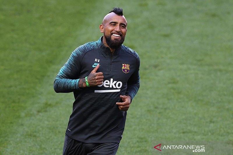 Inter Ternyata Mendatangkan Vidal Secara Cuma-cuma Dari Barca - JPNN.com