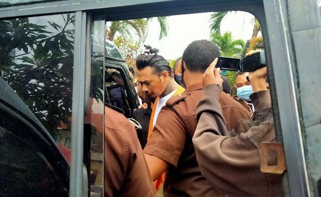 Dipindah ke Lapas Kerobokan, Jerinx SID Sempat Tantang Jaksa yang Menuntutnya - JPNN.com