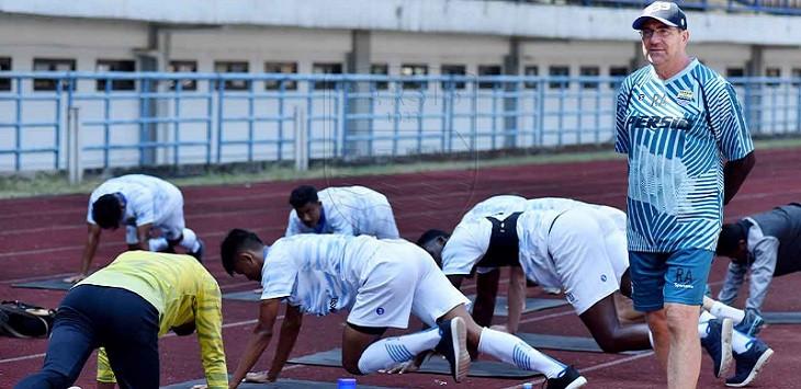Robert Albert Beber Persiapan Terakhir Persib Jelang Kompetisi Liga 1 2020 - JPNN.com