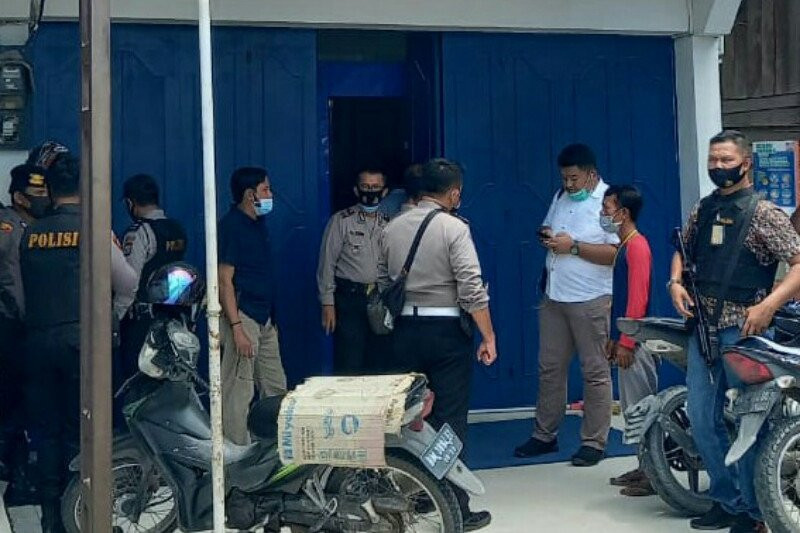 BRI Unit Sebangar Disatroni 4 Perampok Saat Sibuk Layani Nasabah, Ratusan Juta Rupiah Raib - JPNN.com