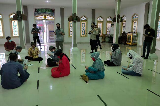 Fikri Mengaku Bahagia Sekali Usai Menikahi Mbak Nie Anti di Kantor Polisi - JPNN.com