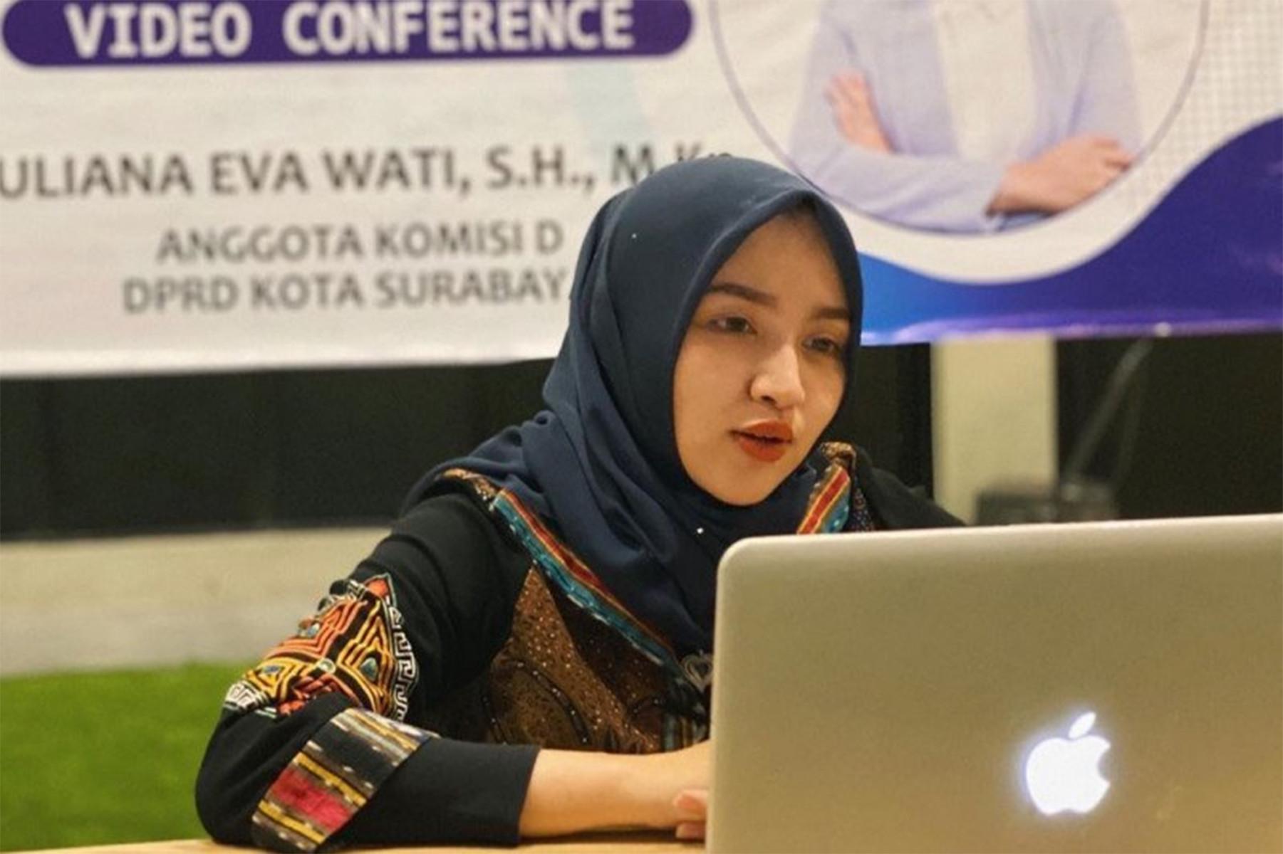 Anggota DPRD Surabaya yang Ayu Ini Geregetan Sama Armuji Cup - JPNN.com