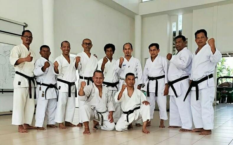 Resmi, Karate Tradisional Masuk dalam Kategori Olahraga Rekreasi untuk Masyarakat - JPNN.com