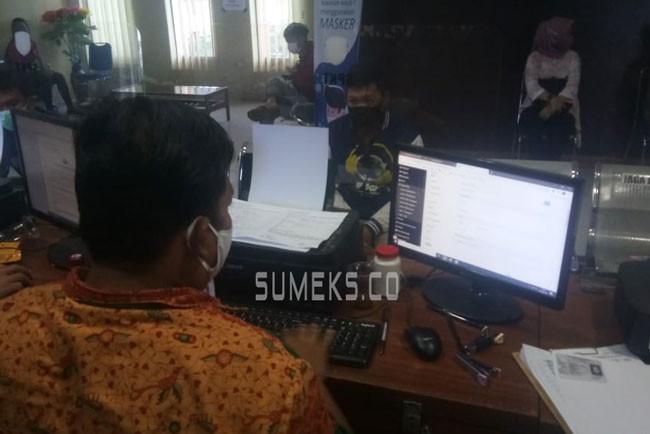 Usai Cekcok Mulut dengan Teman, Andriansyah Disiram Air Keras, Kondisi Wajah Mengenaskan - JPNN.com