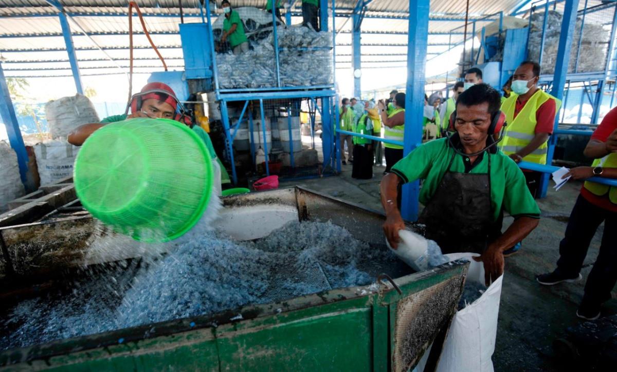 Menciptakan Lapangan Kerja Harus Meminimalkan Dampak Lingkungan - JPNN.com